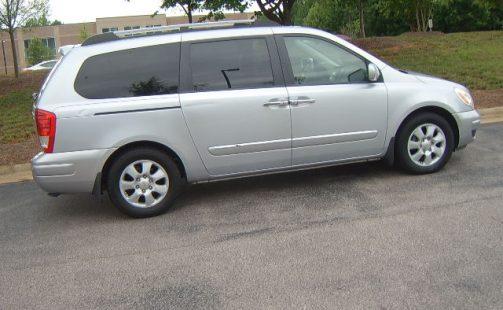 Hyundai Entourage Limited Minivan 4D   Casa Auto Sale